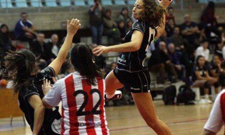 Las jugadoras del Club Balonmano Alto Horno se integran dentro de los equipos del Bm Morvedre