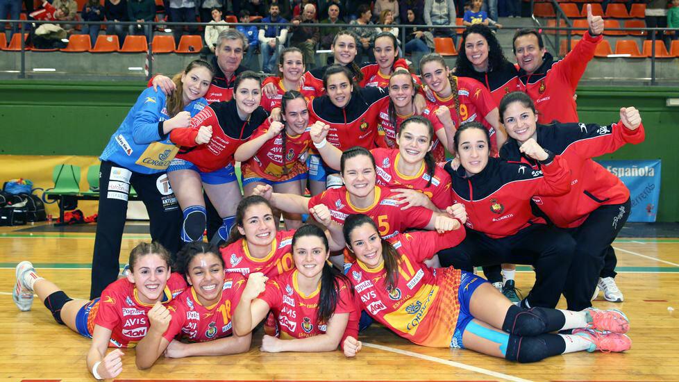 5 jugadoras juniors del Balonmano Morvedre a los Campeonatos de Europa con la Selección de España