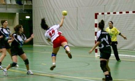 Débora Torreira aporta calidad y experiencia internacional al nuevo proyecto del balonmano Morvedre