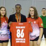 Homenaje a Shandy Barbosa